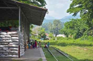 Gare Hsipaw Myanmar blog voyage 2016 5