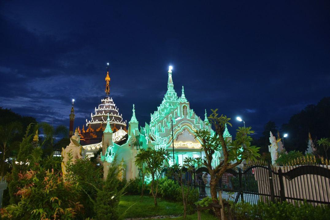 Pagode Kyauktawgyi Mandalay-Inwa-Ubein-Myanmar-Birmanie-blog-voyage-2016 19