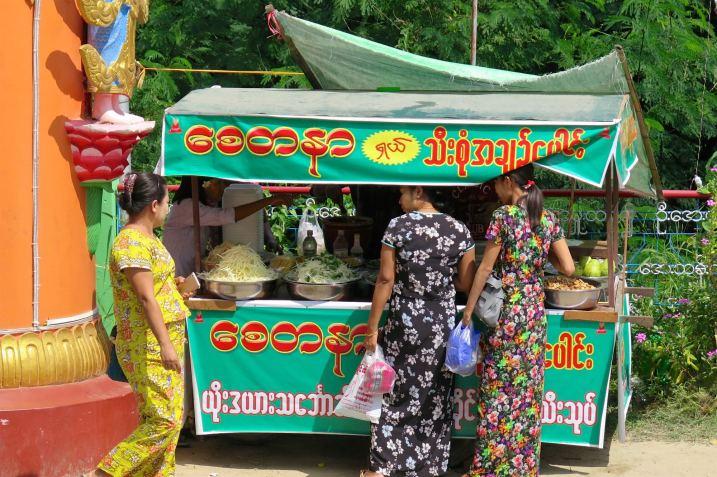 Habits locaux Mandalay-Sagaing-Mingun-Myanmar-Birmanie-blog-voyage-2016 13