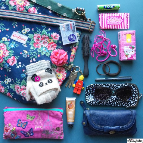 Day 08 - In My Bag - Photo-a-Day - February 2015 at www.elistonbutton.com - Eliston Button - That Crafty Kid – Art, Design, Craft & Adventure.