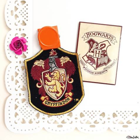Day 31 - Bucket List - Hogwarts and Gryffindor Crest - Photo-a-Day – October 2016 at www.elistonbutton.com - Eliston Button - That Crafty Kid – Art, Design, Craft & Adventure.