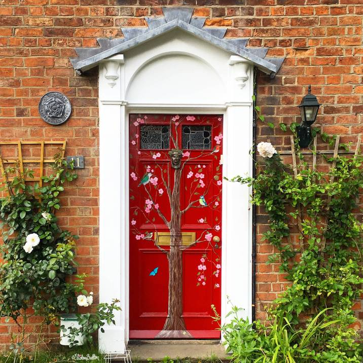 Beautiful Floral Painted Door Art in Tewkesbury, Gloucestershire, UK - Around Here...I'm Back! at www.elistonbutton.com - Eliston Button - That Crafty Kid – Art, Design, Craft & Adventure.
