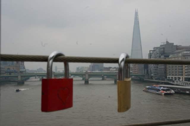 Love locks on Millennium Bridge, London (3)