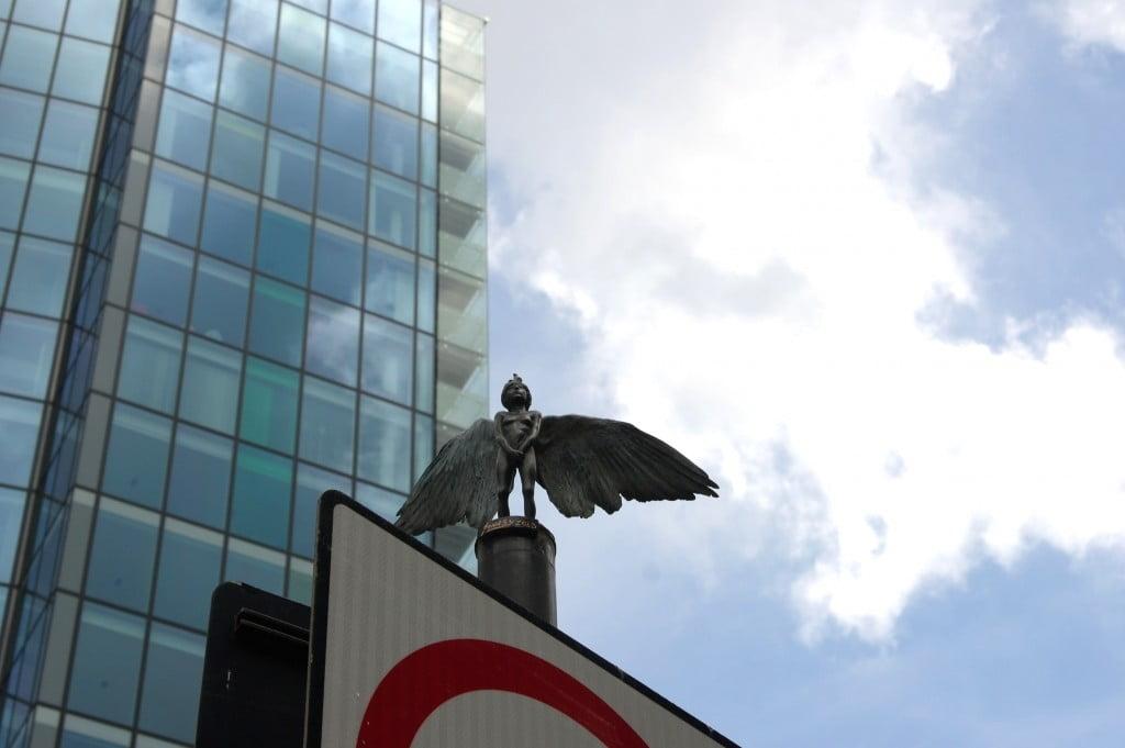 Birdman, Sclater Street