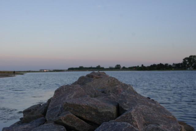 Stone walkway, Ribersborgs Kallbadhus beach