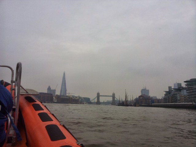 Speed boat Thames