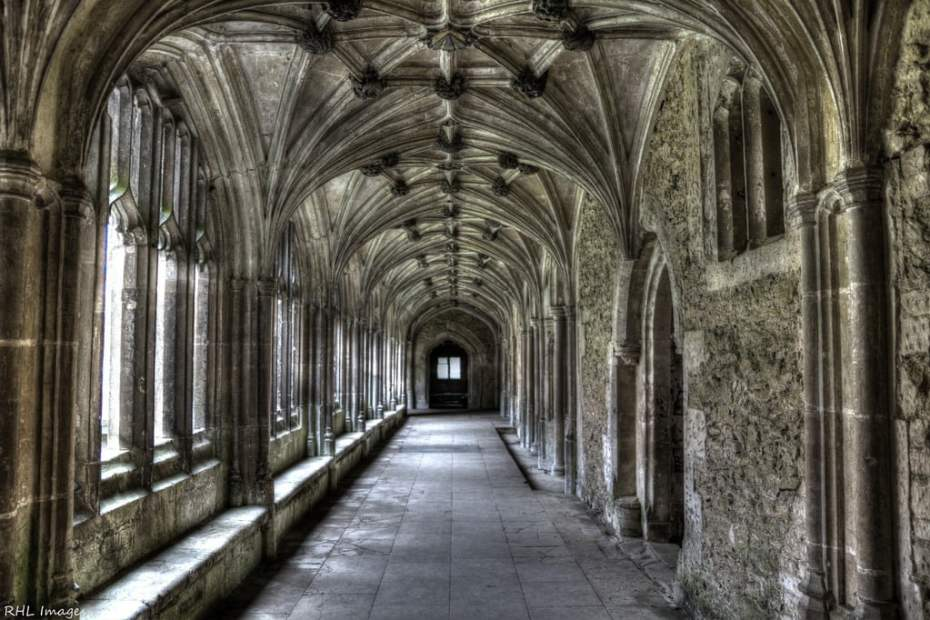 8660442580_f6ff2eb21a_b_Lacock-Abbey-edinburgh-1