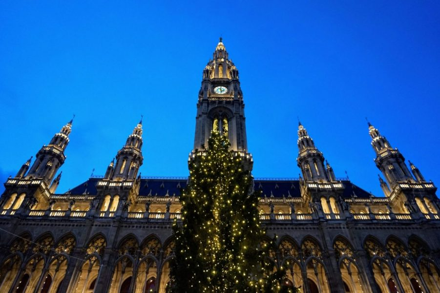 4 European Christmas Markets in 10 Days: Cologne, Bruges, Budapest and Vienna 41