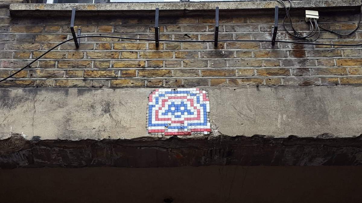 New Street Art in London: Alternative London Walking Tour Review 32