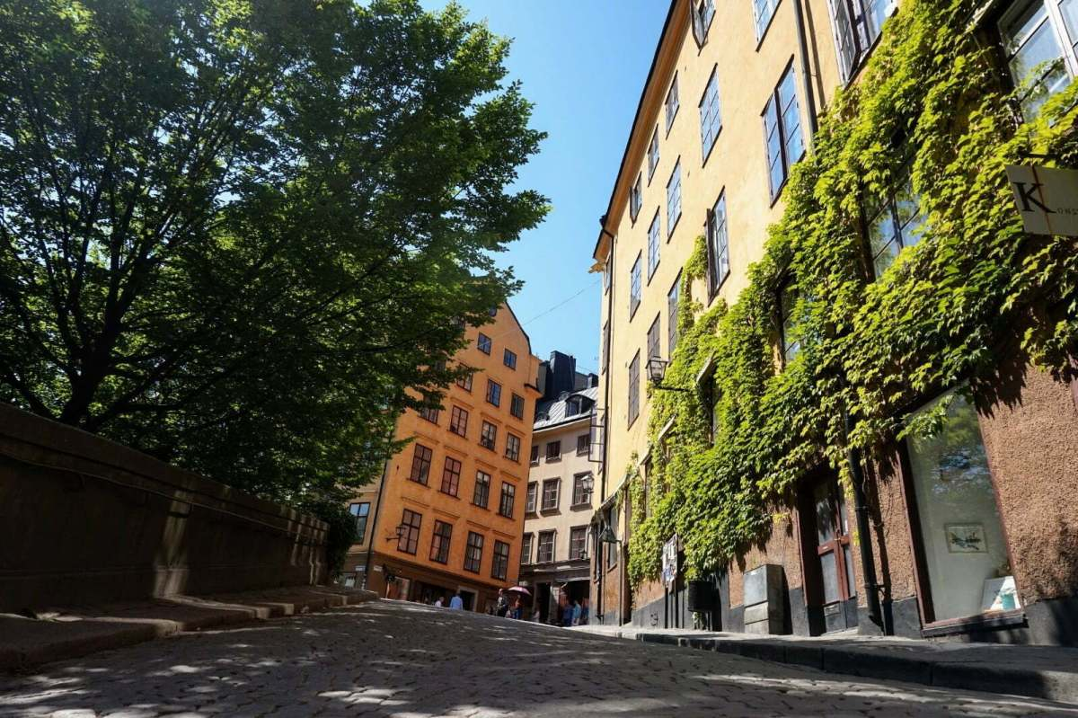 Colourful Houses & Narrow Streets of Gamla Stan, Stockholm 18