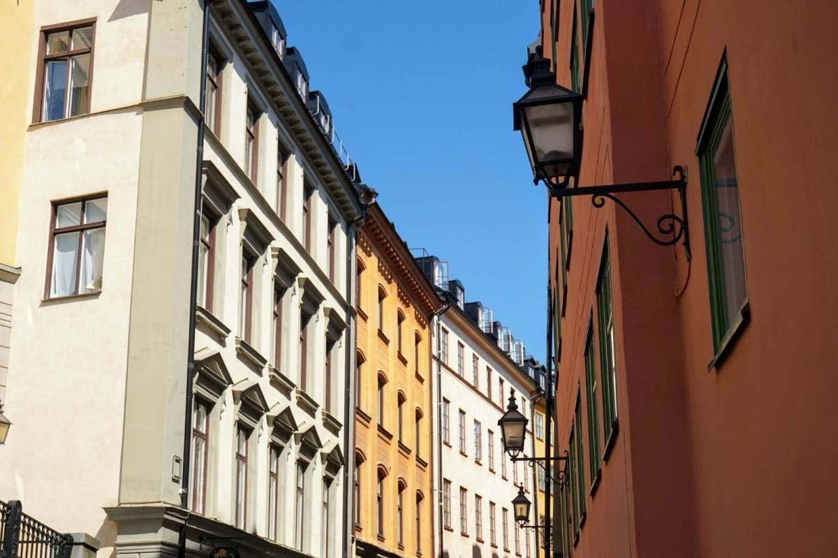 Colourful Houses & Narrow Streets of Gamla Stan, Stockholm 11