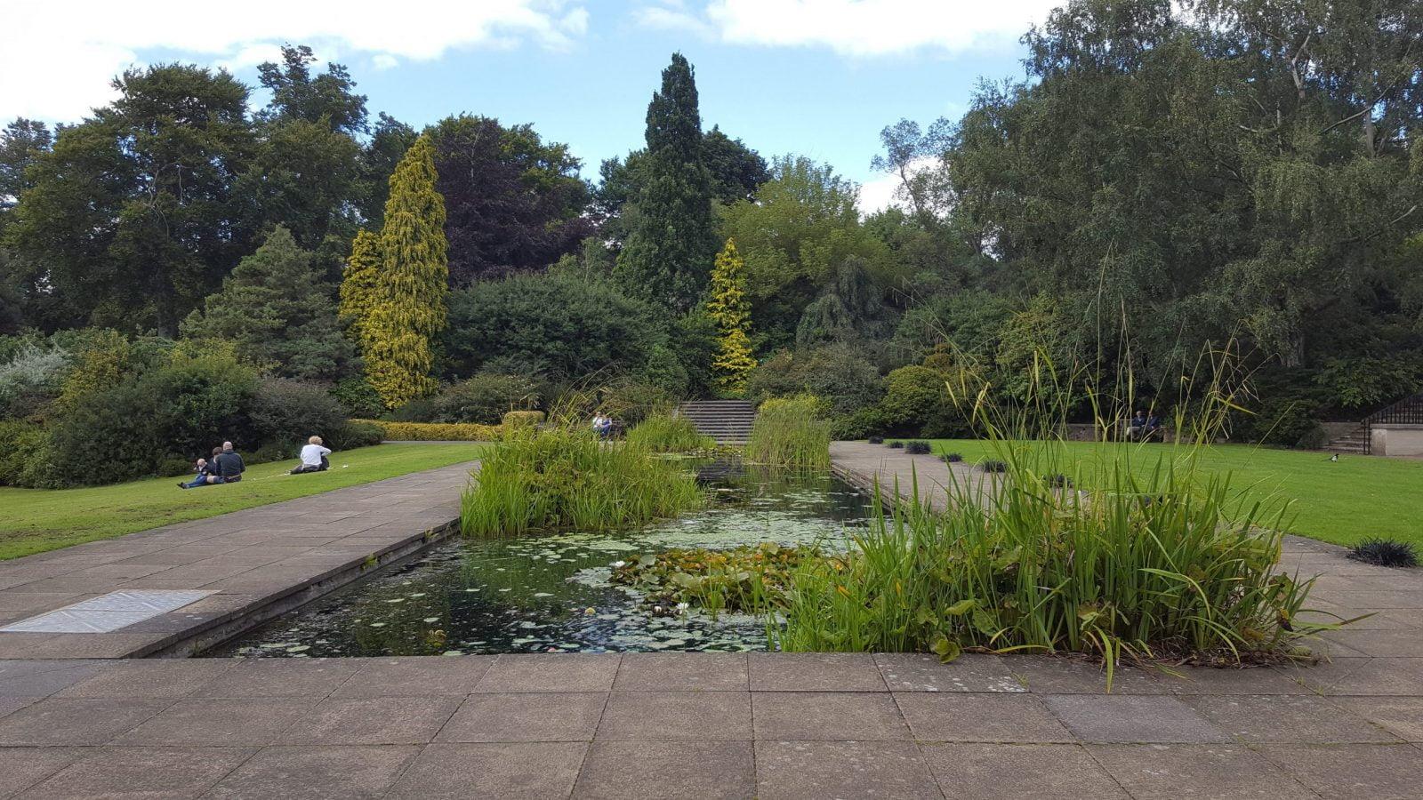 Visiting Hill Garden & Pergola, Hampstead Heath: Photo Gallery 17