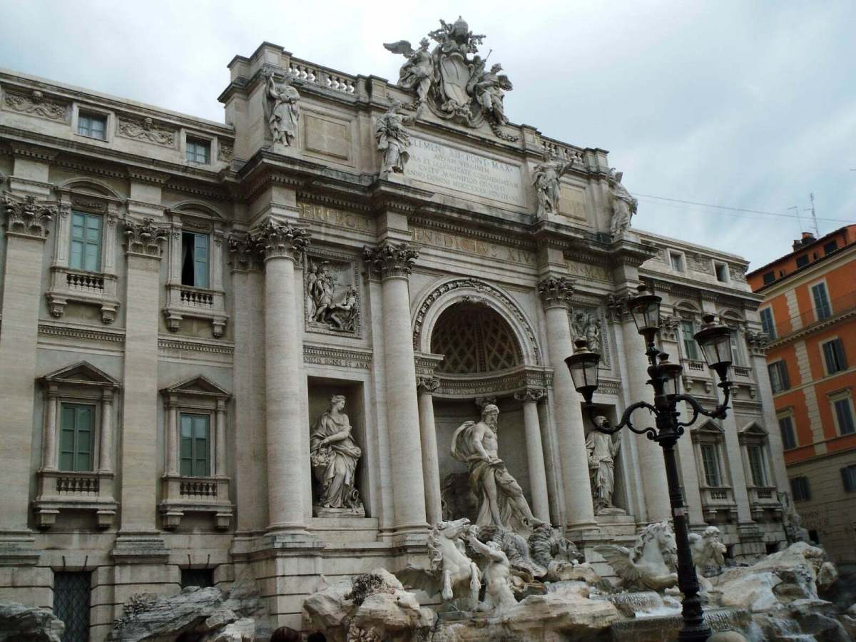 In Photos: Trevi Fountain Facts 7