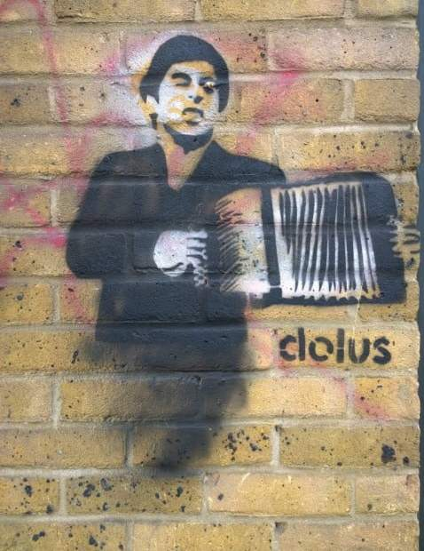 Tony Montana &... An Accordion? | Dolus Street Art In Shoreditch 5