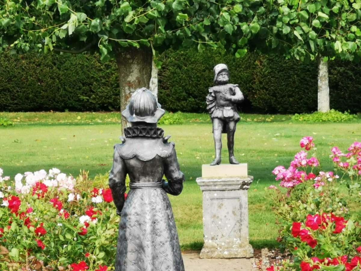 Bateman's Garden: A Kaleidoscope of Colours at Rudyard Kipling's National Trust Home 17