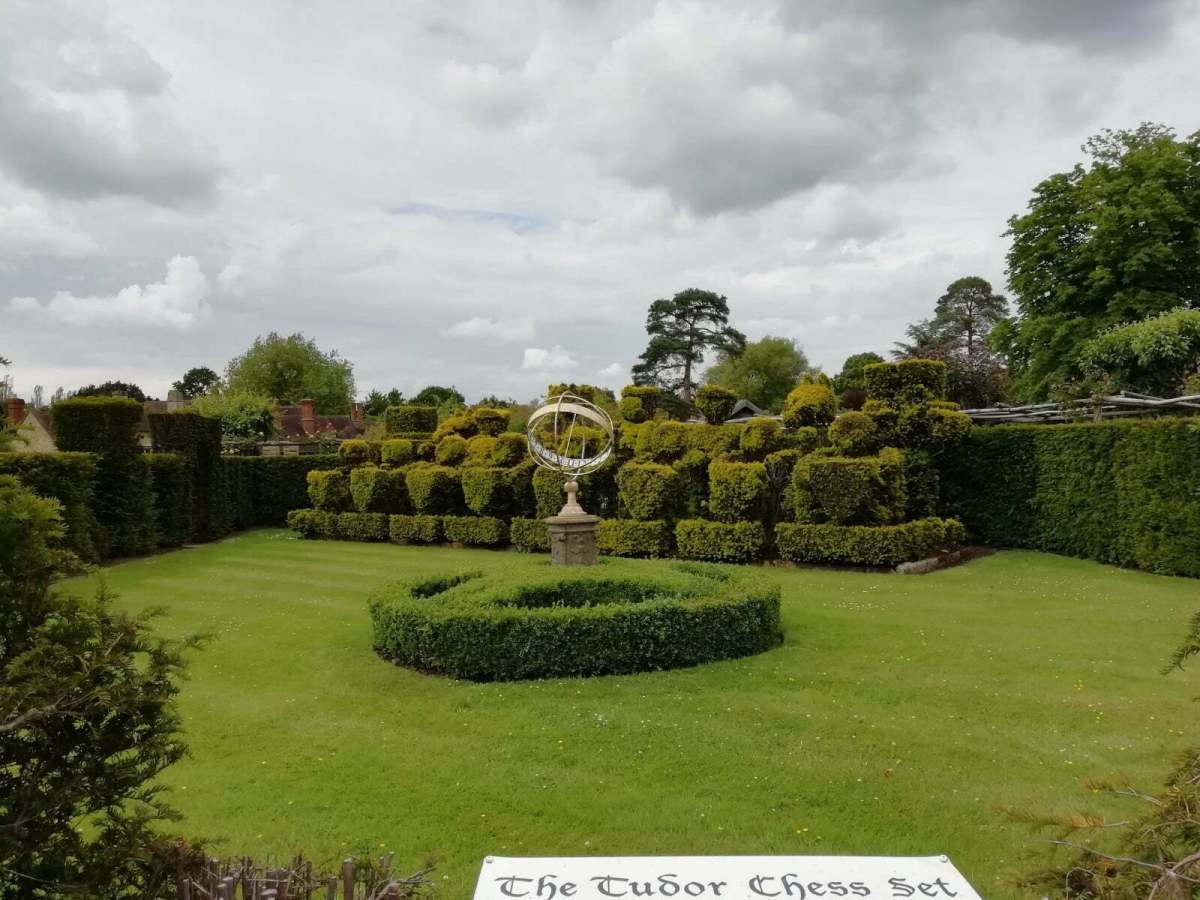 Best Things to See and Do at Hever Castle & Gardens: In Photos 22