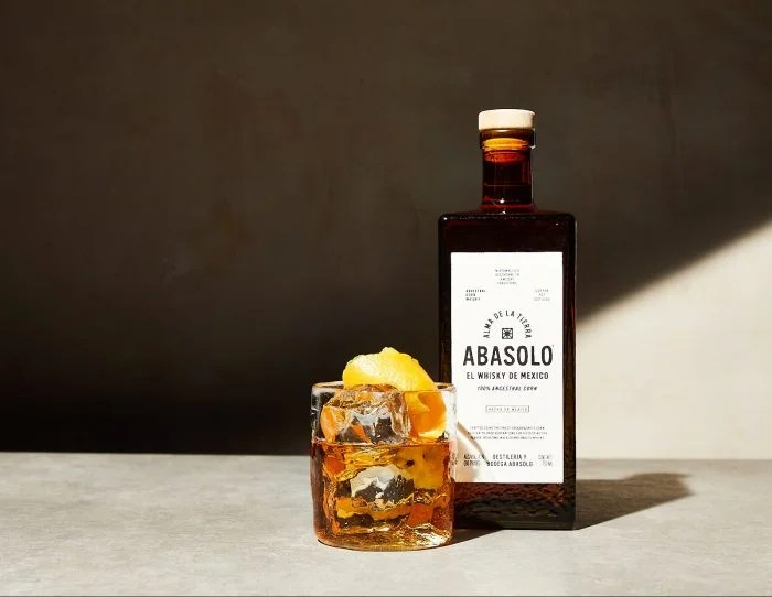 abasolo whisky cocktail and bottle