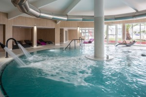 Thalazur indoor pool