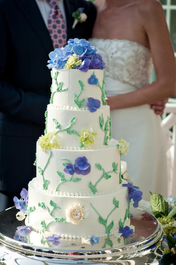 Blue And Green Garden Style Wedding Cake Elizabeth Anne