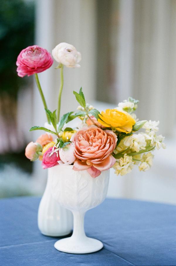 Milk Glass Centerpieces Elizabeth Anne Designs The Wedding Blog