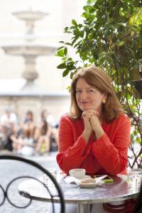 Elizabeth Minchilli