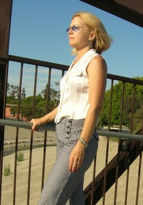 Elizabeth Montague In Culver City, CA 2009