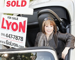Do You Have to Tell a Sacramento Real Estate Agent She's Not Hired?