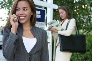 Do Sacramento Buyer's Agents Push Up Home Values?