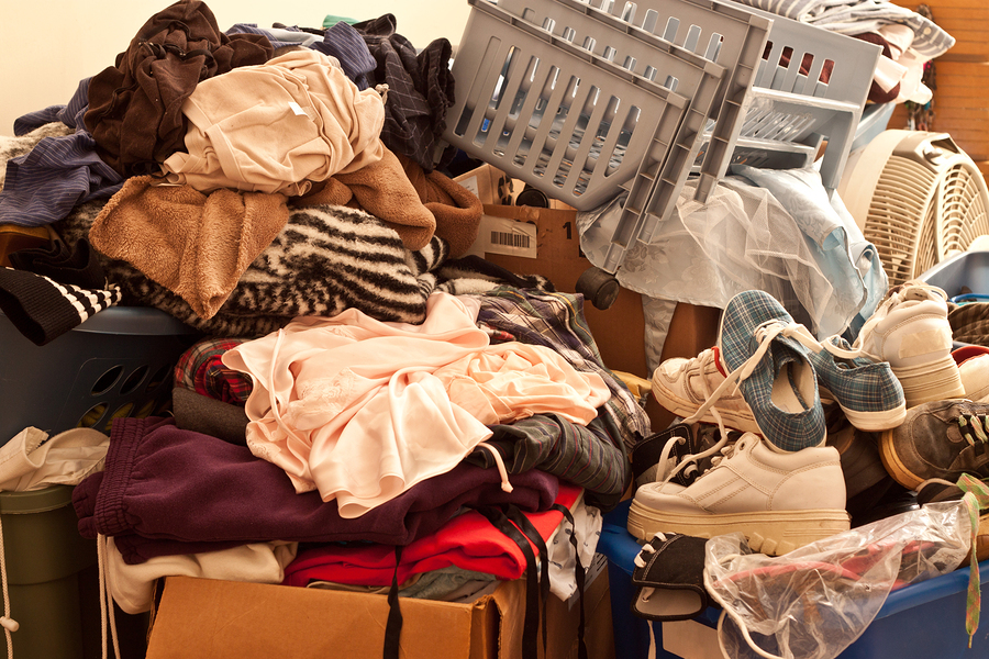 Notes on Decluttering a Cluttered Home Before Selling