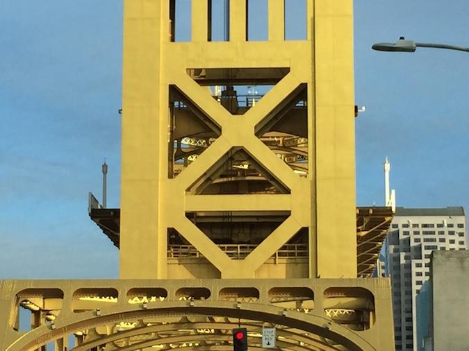 tower bridge lift