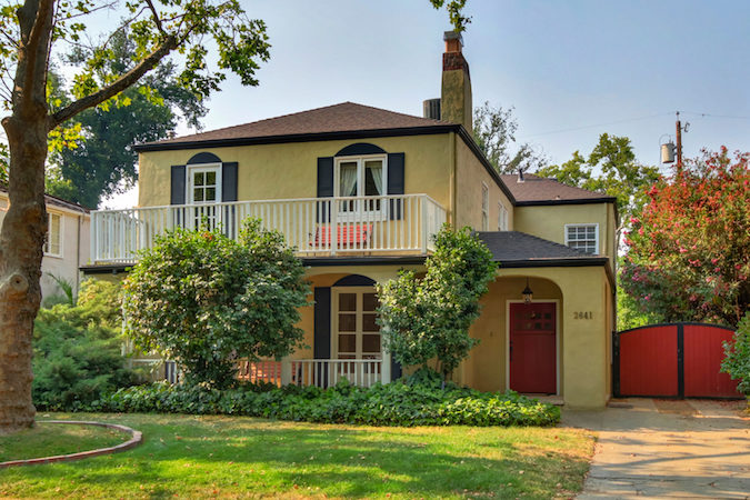 For Sale: Grand Colonial in Curtis Park Sacramento Features Pool
