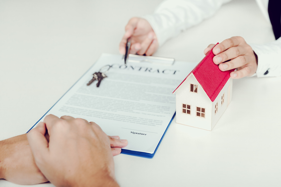 Insider Tips for Making An Offer On A House