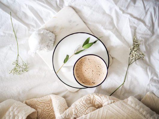 koffie bed bloem