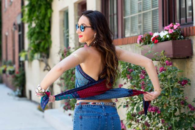 How to make your new favorite shirt out of a - wait for it... BLANKET | thevillagevogue.com