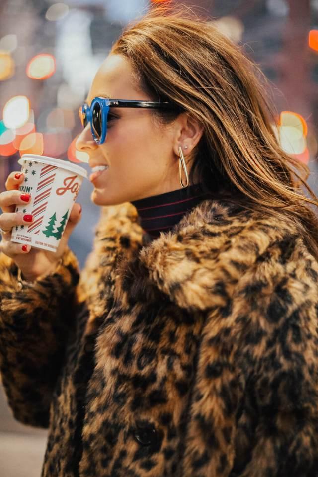 Cozy Holiday Outfits FTW | elizahiggins.com
