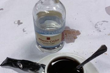 Café de pota y gotas