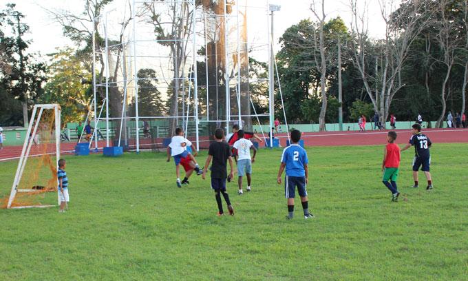 Campo de Fútbol del Complejo Deportivo Juan Pablo Duarte.