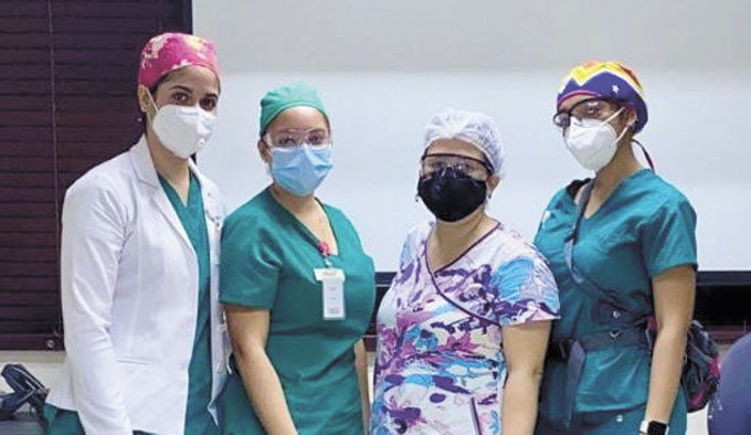 Centro Médico Dr. Ovalle recibe primer grupo Estudiantes de Medicina de la UCNE