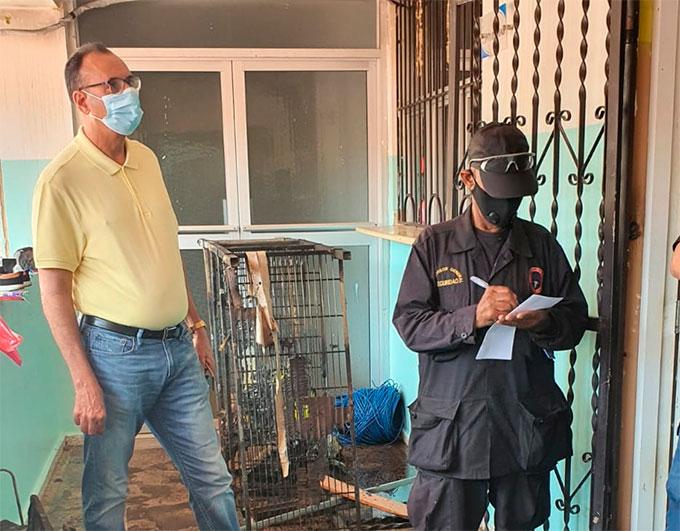 Director Regional de Salud, Dr. Rafael Rodríguez, dijo que esperan resultados de la investigación para determinar las causas del incendio en la oficina de informática del Hospital San Vicente de Paul.