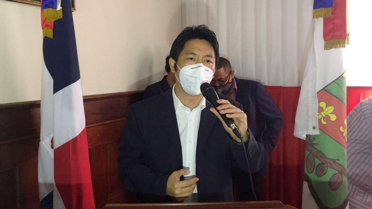 Sizeng Ng. Loung de Director Provincial de Pro-Industria.
