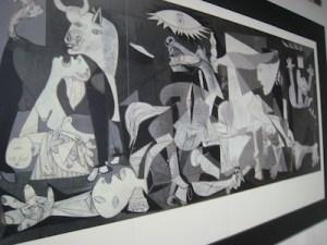 Berlin Mauermuseum Guernica (1)