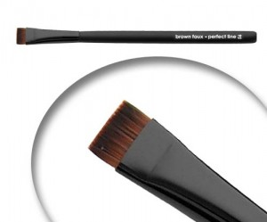 perfect-line-1 Brow Tips + How to Get our Perfect Line Brush For Free