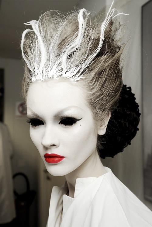 Beautiful Halloween Makeup Ideas 10