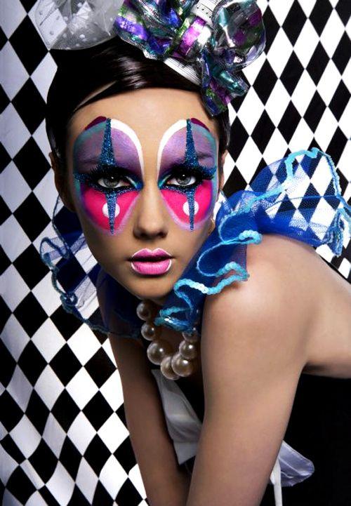 Beautiful Halloween Makeup Ideas 16