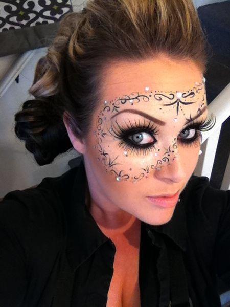 Beautiful Halloween Makeup Ideas 8