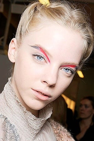 Extreme Brow Trends