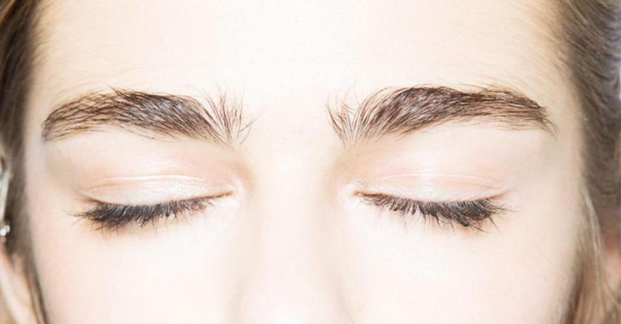 how to achieve a natural brow