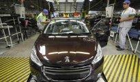 Le projet d'usine Peugeot en Algérie concrétisé au cours de cette année (Sellal) 11