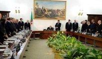 Plusieurs projets de loi adoptés par le Conseil des ministres 22