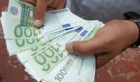 سعر اليورو و الدولار مقابل الدينار الجزائري في السوق السوداء اليوم  10 اوت 2020 10